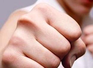 правый кулак