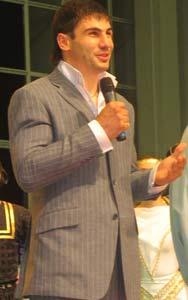 Руслан Караев
